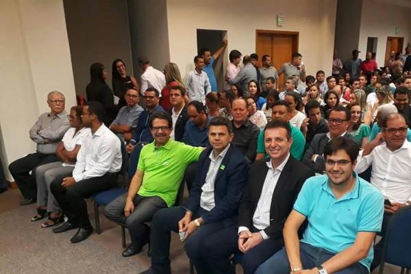 Presidente da Câmara Municipal,vereador José Teles de Mendonça prestigia  assinatura de convênios, entre o município de Itabaiana e o Ministério das Cidades, na ordem de mais de 7 milhões de reais.