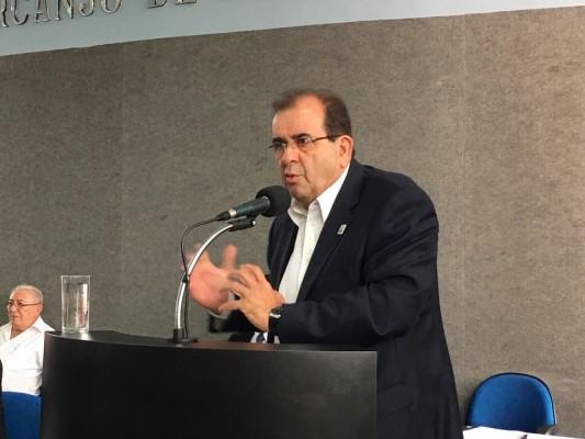 Expansão do Campus da UFS em Itabaiana foi tema de palestra proferida pelo Reitor da UFS, Dr. Angelo Antoniolli, durante a Sessão do dia 17/04