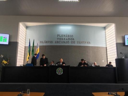 Pronunciamento do vereador Gustavo Santana em tom de ofensa e ironia deixa os vereadores da bancada de situação indignados