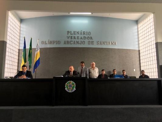 Sessão da Câmara Municipal de Itabaiana desta terça-feira (21/08), foi marcada pelo retorno do Presidente da casa, vereador José Teles de Mendonça